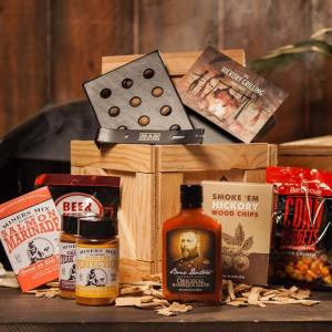 hgc-hickory-grilling-crate-awesome-gift-for-men__20406-1479318919-702-702